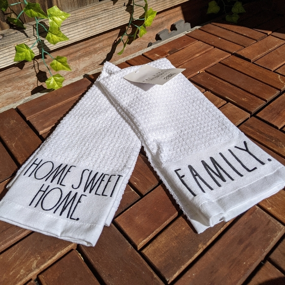 RAE DUNN  Home Sweet Home & Family Kitchen Towels